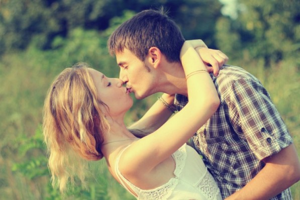 How to passionately kiss a guy